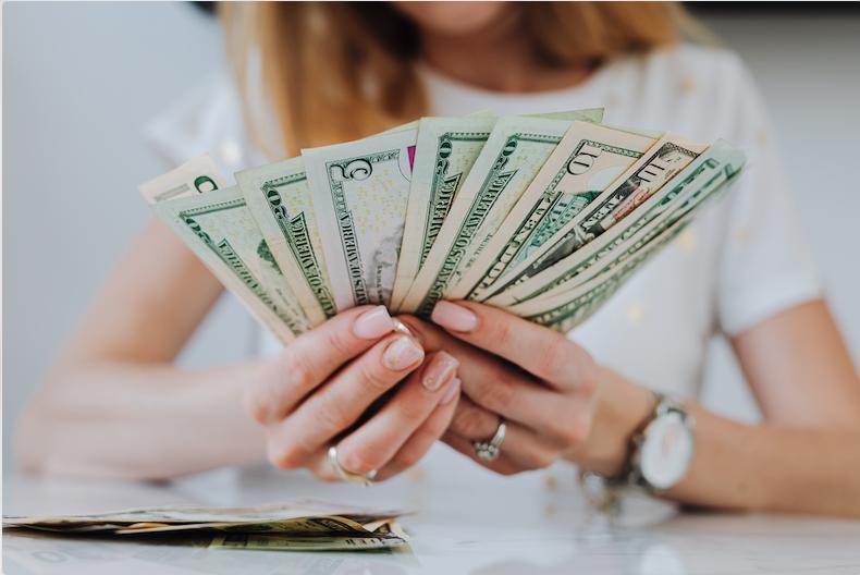 5 modalitati de a face bani din videochat